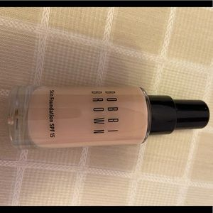 Bobbi Brown skin foundation, SPF 15, 1 oz